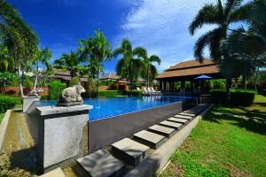 Naiharn garden villa 5